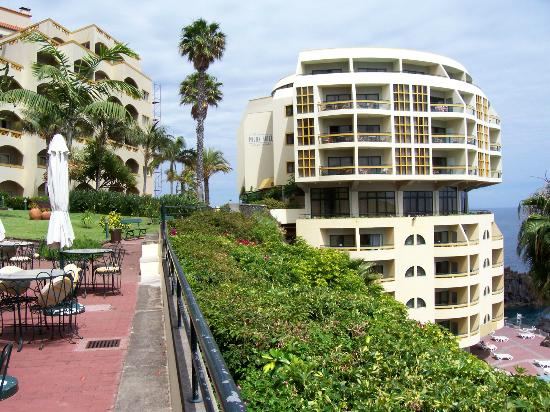 Pestana Palms Ocean Aparthotel: hotel and grounds