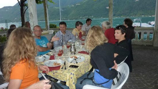 Hotel Port Et Lac: repas des bénévoles club cox