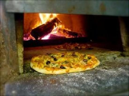Tombolo Freycinet: Dine in or Takeaway Pizza