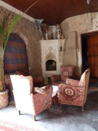 Cave Hotel Saksagan: lobby