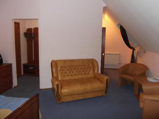 Old Port Hotel: Large bedroom