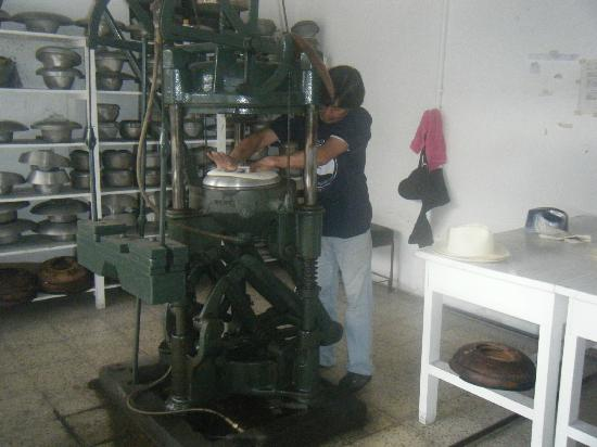 Homero Ortega: Pressing the shape. Notice the mold in the background.