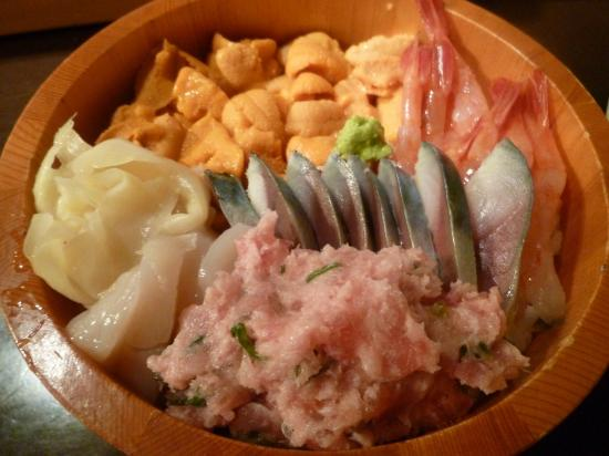 Matatsu: またつ流 海鮮丼