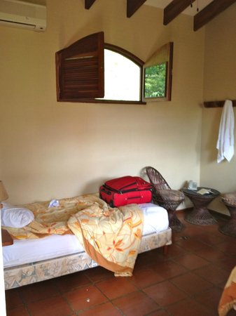 Villa del Sueno: Our Room (sorry for mess)
