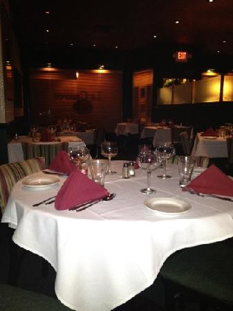 Montclair, NJ: La Couronne Restaurant