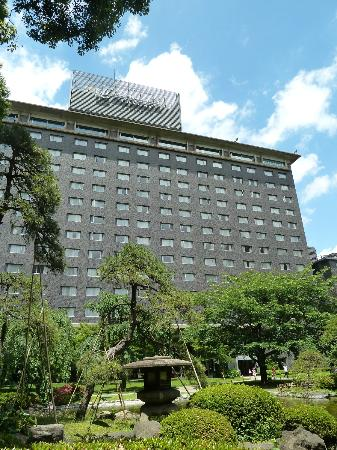Grand Prince Hotel Takanawa: Hotel from the garden