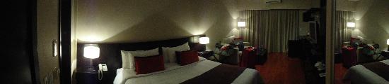 The Glu Hotel: Quarto 302