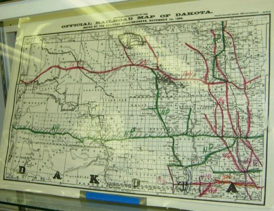 1886 map of ND railroads, three years before statehood - Picture of ...