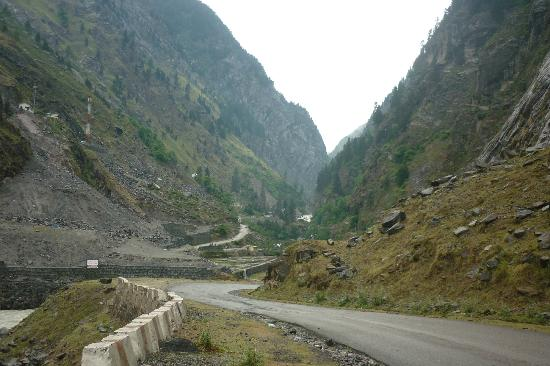 Uttarkashi, Индия: route to gangotri