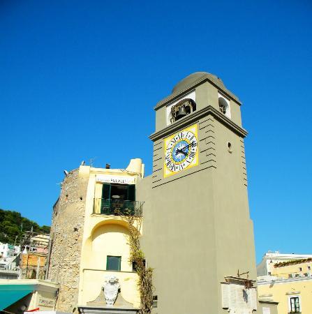 Ristorante la Piazzetta: La Piazzetta Clock Tower