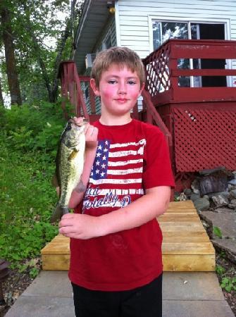 Sand Lake Resort: Kids loved bass fishing!
