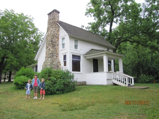 Laura Ingalls Wilder Historic Home and Museum: The familliar farmhouse