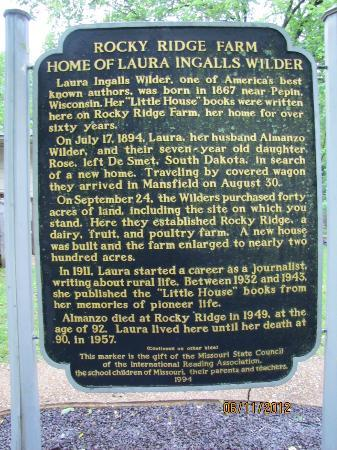 Laura Ingalls Wilder Historic Home and Museum: The sign