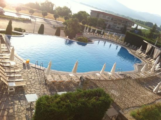 Limneon Resort & Spa: pool