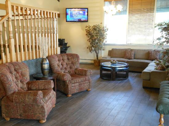 Best Western Sundowner: seating area lobby