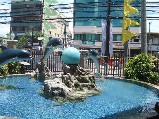 嘉山诺马克丹购物中心