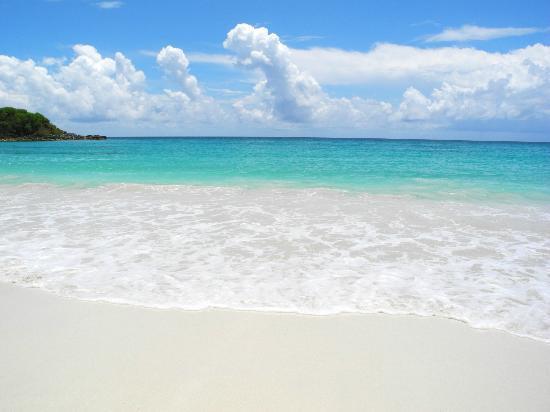 Caracas Beach: Turquoise beauty. Fantastic water!