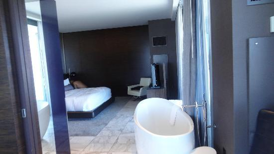 Palms Place Hotel And Spa Masterbed Room 1 Bedroom Suite 21st Floor