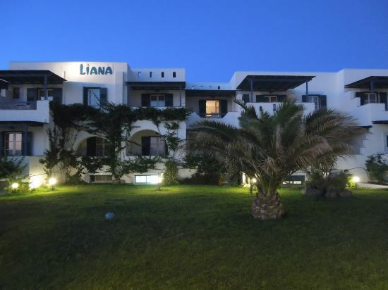 Liana Hotel - front