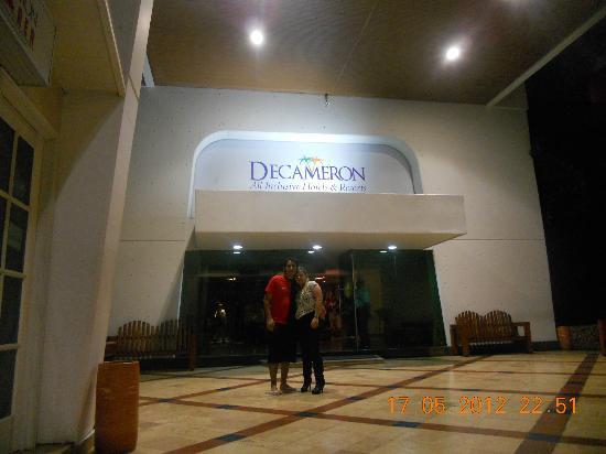 Decameron Cartagena: en la entrada del hotel