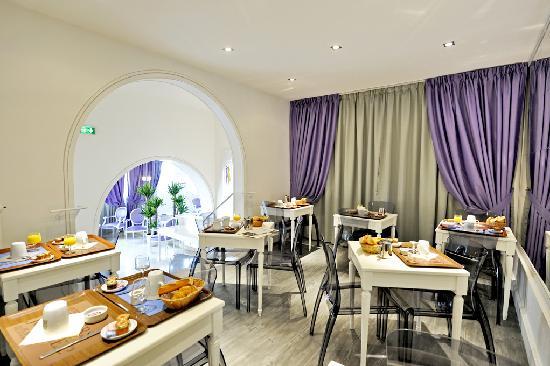 Kyriad Saumur Centre: Salle des petits dejeuners