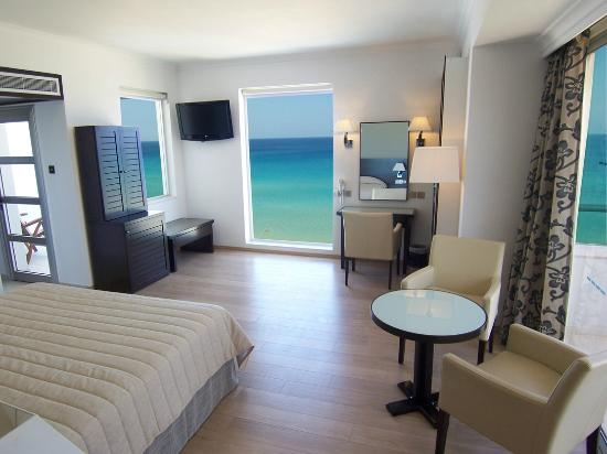 Sunrise Beach Hotel: Panoramic Sea View Suite