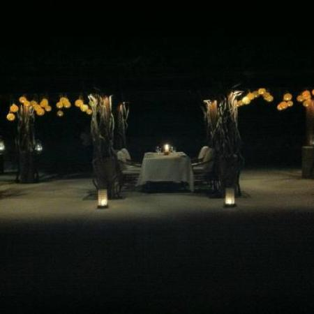 Amanpulo: Dining under the arbor