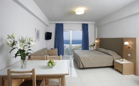Brilliant Hotel Apartments: Studio Apartment