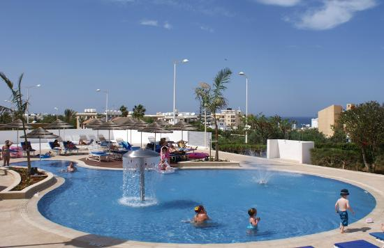 Brilliant Hotel Apartments: Childrens' pool
