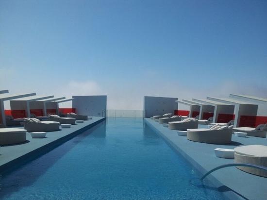 DoubleTree by Hilton Hotel Resort & Spa Reserva del Higueron : Piscina Inffinity