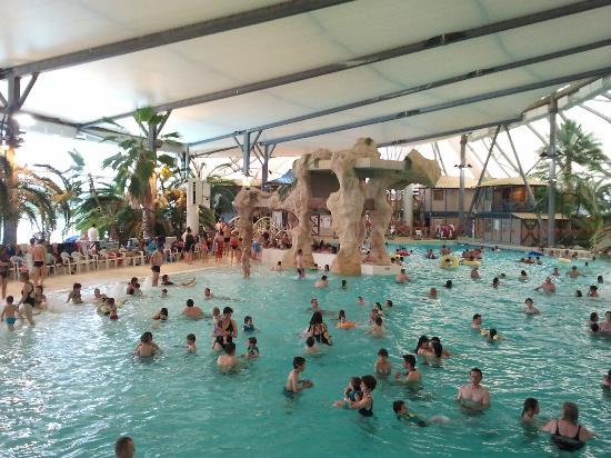 Jonzac, Francia: l'espace détente (piscine à vague + bain bouillonnant)