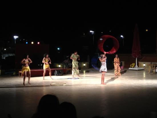 Cesars Resorts & Hotels Bodrum: african show2