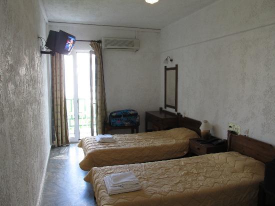 Maragakis Hotel: Room