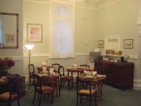 Fremantle Bed and Breakfast: Breakfast Area