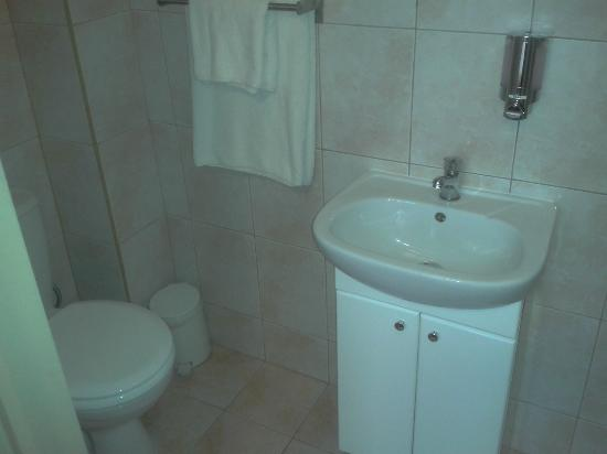 Comfort Inn London - Edgware Road: Bathroom