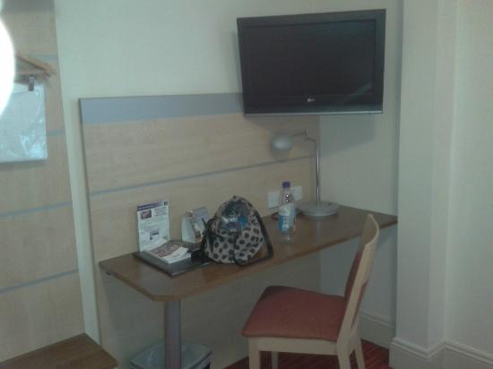 Comfort Inn London - Edgware Road: Room