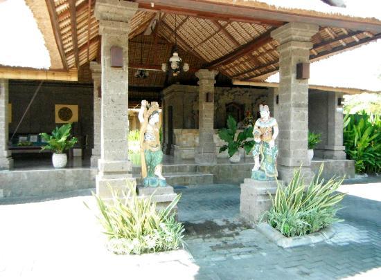 Matahari Terbit Bali Deluxe Bungalows照片