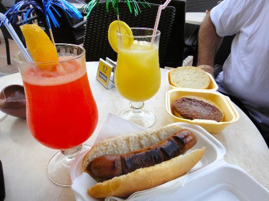 Iberostar Albufera Park: cocteles, frankfurt y hamburguesa