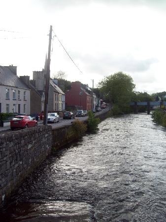 Donegal Town, on the river Eske.