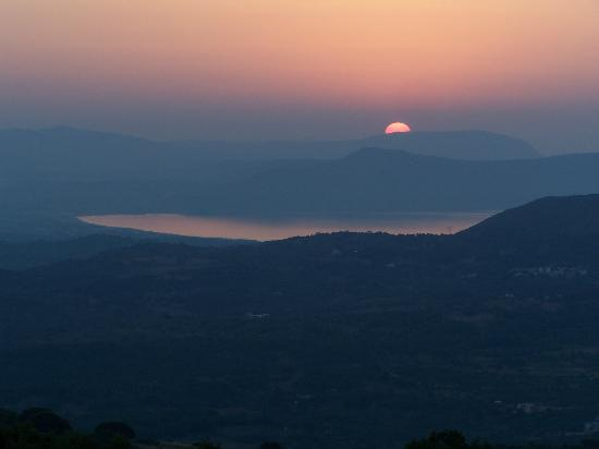 Footscapes of Crete : Sunset from Footscapes terrace