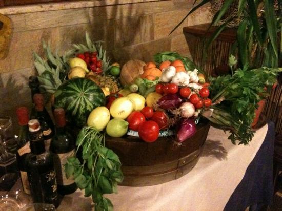 La Taverna dei Gabbiani: Frutta fresca di stagione!!!