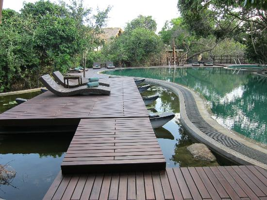 Jungle Beach by Uga Escapes : pool