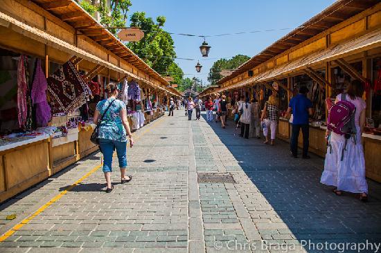 Sultanahmet District: Markets