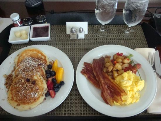 The Westin Boston Waterfront: Breakfast (in-room order)