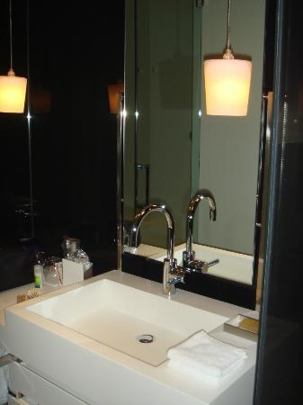 Mercer Hotels Casa Torner i Guell: baño