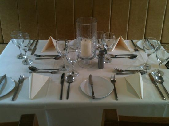 The White House Restaurant: Ready for service