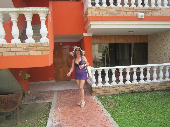 Mendihuaca Caribbean Resort: Saliendo del apartamento.