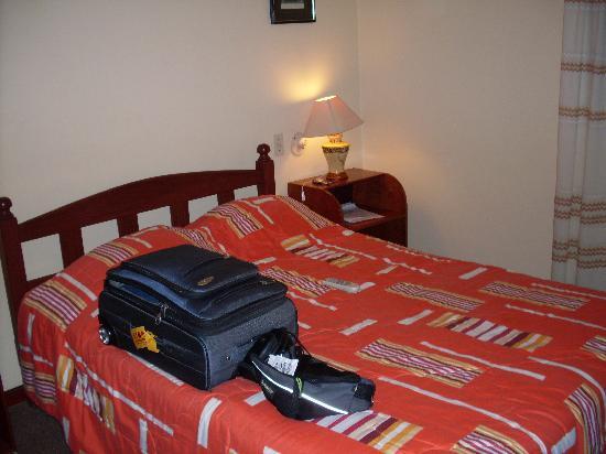 Hotel Las Palmas: Vista de la cama