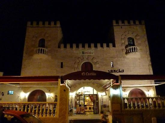 castillo sancho panza fantastic