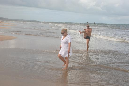 Salinas Maragogi All Inclusive Resort: Casal Alexandre & Talita de Uberlândia/MG - praia